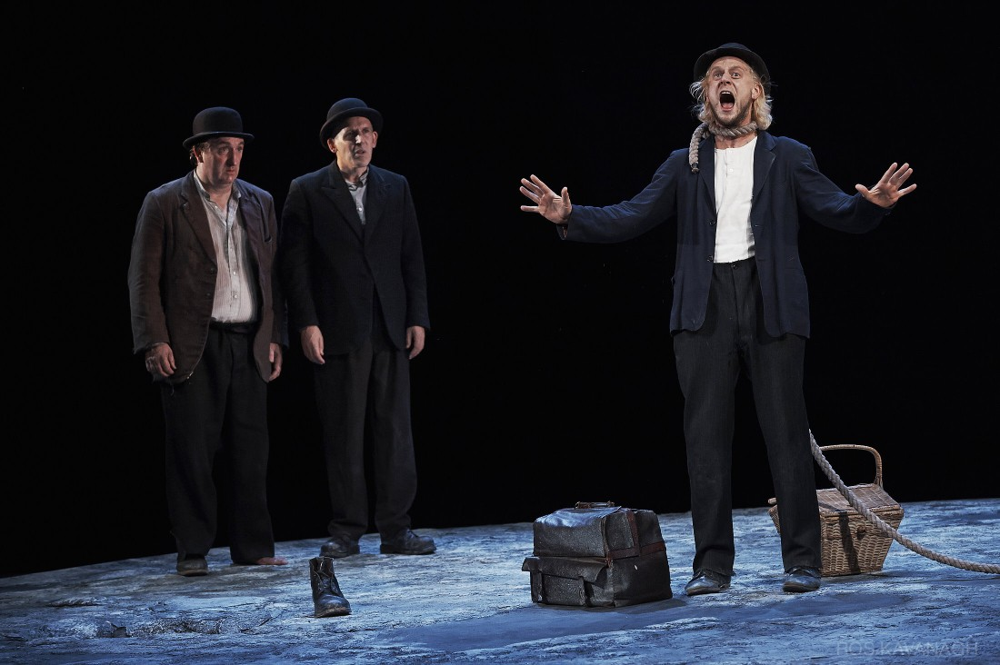 Perfomance image, Estragon, Vladimir and Lucky